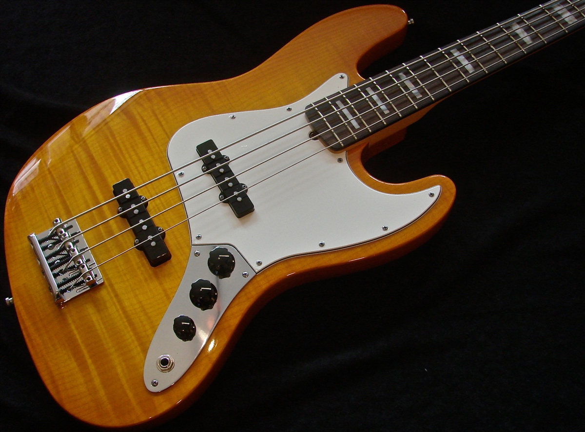 Fender Select USA Jazz Flame Maple