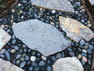 Three Rivers Quarry Flagstone Patio Tumbled 1-1/2""