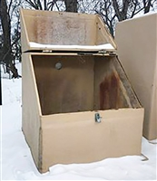 Fiberglass Hut With Flip Lid