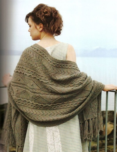 Alice Starmore's Aran Knitting New and Expanded Edition