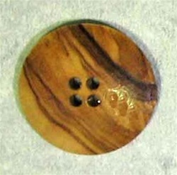Button Large Wood size 40