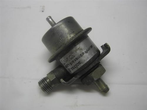 EAC4864 XJS Fuel Pressure Regulator Left Hand Jaguar XJ6