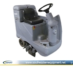 Reconditioned Advance Aquaride SE Rider Carpet Cleaner