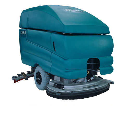 Reconditioned Tennant 5680 Automatic Floor Scrubber