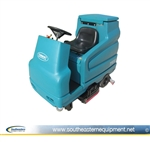 Reconditioned Tennant 7100 Rider Scrubber