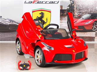 Ferrari 12V LaFerrari Kids Electric Ride On Car with Remote Control - Red