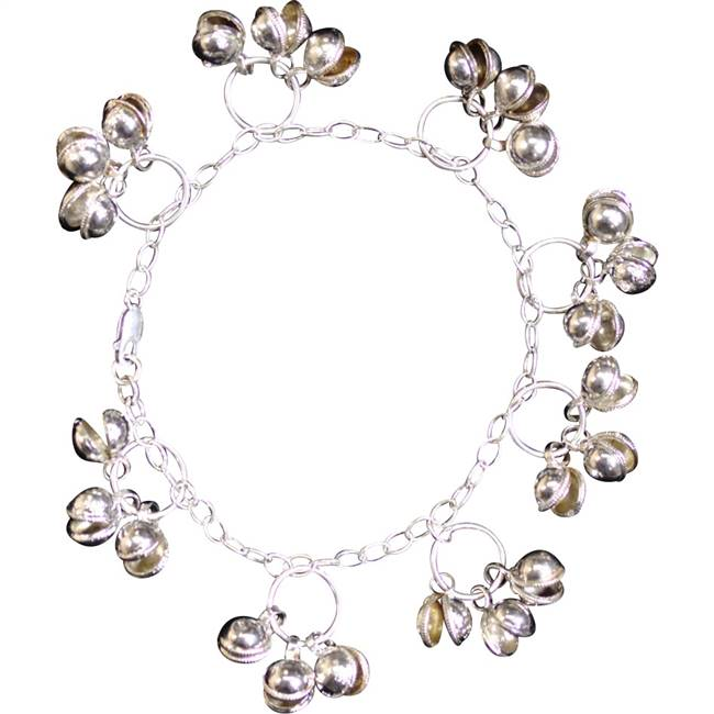 silver anklet with gungroo bells