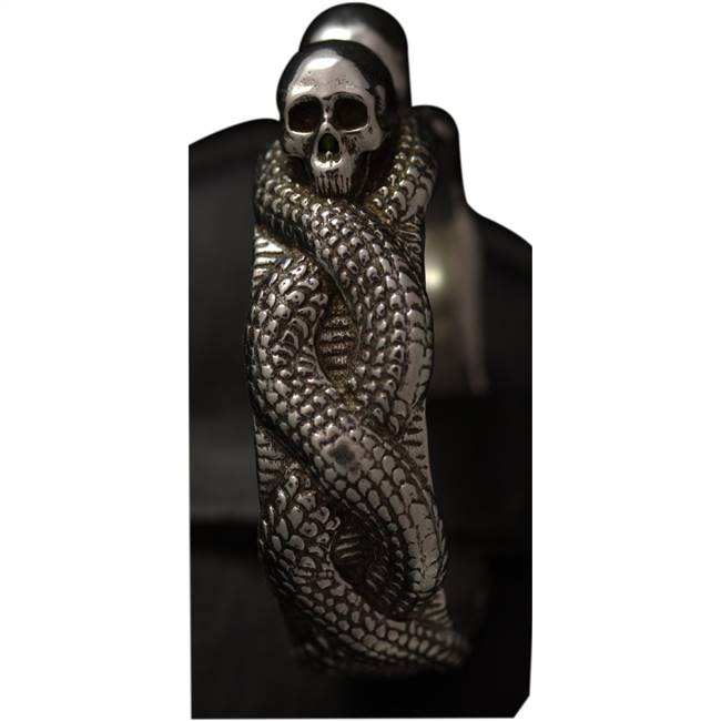 skulls and scales ring