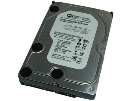 "Western Digital Caviar SE WD6400AAKS 640GB 3.5/"" SATA II Desktop Hard Drive"