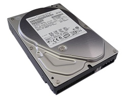"Hitachi 0A37041 500GB 8MB Cache 7200RPM EIDE ATA133 3.5"" Desktop Hard Drive - New w/ 3 year warranty"