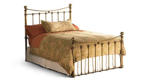 quati iron bed by wesley allen