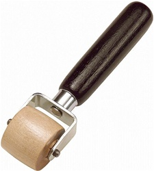 "Hyde Tools 1-1/4"" Oval Hardwood Roller"