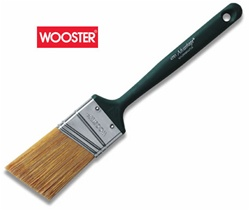 Wooster Advantage Angular Sash Paint Brush