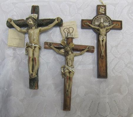 "Small 7"" Wall Crucifixes"