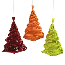 Decorate your home with a little bit of Polish folk art. These straw decorations are made entirely by hand by a single family from the Lublin area where ornaments made of straw is an old tradition. Colors vary and the latest batch are all one solid color
