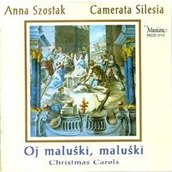 The collection of carols featured on this CD can be described as canonical. It comprises twenty three carols; alongside the hugely popular ones there are several that are less known. The arrangements presented by the Camerata Silesia