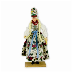These traditional Polish dolls are completely handmade. Notice the fine attention to detail and workmanship.