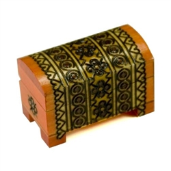 Petite Carved Wooden Chest. Very detailed hand carved decoration. 3-tone, amber/maple/red finish.