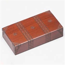 This beautiful box is made of seasoned Linden wood.