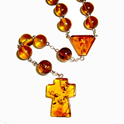 A legend from the Polish region of Kurpie has it that amber is human tears from the times of the forty-day rain. A gift of Amber is even more special. It is a gift of sunlight, life, and love.
