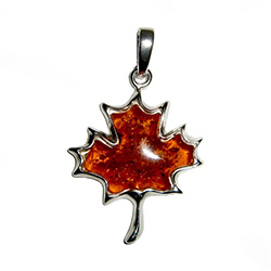 Honey Amber Maple Leaf Pendant