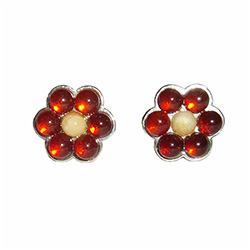 These Sterling Silver and Baltic Amber Daisy stud earings are a pleasant way to make summer last forever. A total of seven amber stones.