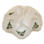 A perfect way to serve your Holiday biscuits.  This holder is 100% cotton with a Christmas holly and flower design in each section.  Folds flat for easy storage.  Snaps together to form the biscuit holders.