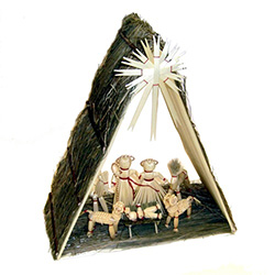 This is a very large 7 piece straw nativity.  Perfect for under the tree on the a table as a decoration by itself.   These straw decorations are made entirely by hand by a single family from the Lublin area where ornaments made of straw is an old traditio
