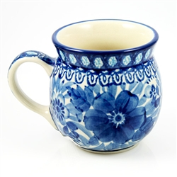 "Designed and signed by Irena Maczka. The artist has been connected with the Artistic Handicraft Cooperative ""Artistic Ceramics and Pottery"" since 1990.  Since 1997 she has been a pattern designer. Signature Series Pattern: U214."