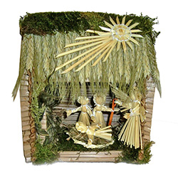 Decorate your home with a little bit of Polish folk art. The natural beauty of straw makes this traditional handmade creche a perfect example of Polish folk art. These come from the Lublin area in southeast Poland which is the center for straw folk art in
