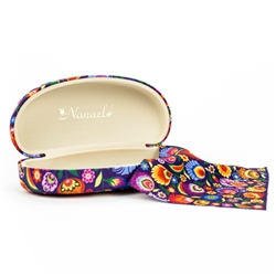 A traditional floral paper cut design from Lowicz on an extra large eye glass case with a matching glass cleaning cloth.