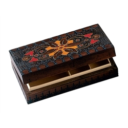 5 compartments, brass inlay with intricate design. The key that appears in the picture is not for this box.
