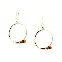 Stylish set of hoop earrings.