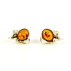 Our cute little sterling silver mouse features a tummy made of honey amber.