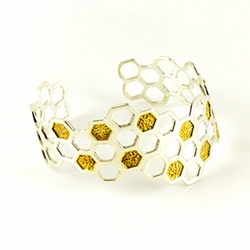 Designed to match our honey bee amber ring this gorgeous cuff can stand on its own as well.
