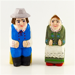 Hand carved and painted by folk artist Tadeusz Lesniak, our little couple is dressed in Rzeszow costume from southeastern Poland.
