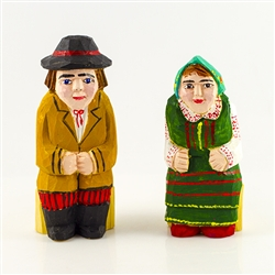 Hand carved and painted by folk artist Tadeusz Lesniak , our little couple is dressed in Kurpie costume from northeastern Poland.