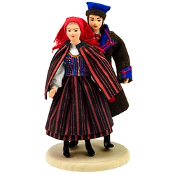 Our lovely couple are from south central Poland in the area around the city of Kielce. These dolls are perfect, clothed in authentic regional folk costumes, as certified by the Polish Ministry of Culture. These traditional Polish dolls are completely hand