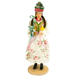 Our maiden is dressed in the traditional wedding costume from the Krakow region located in southern Poland.