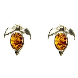 To clean amber, wash it with a mild soap and water, and polish it dry with a soft cloth. Amber (Bursztyn in Polish) is fossilized tree sap that dates back 40 million years.