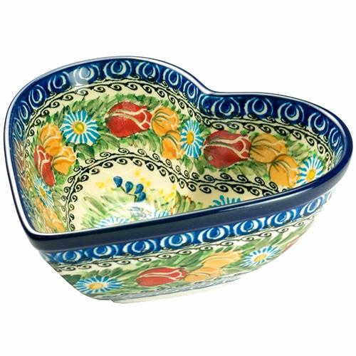 Polish pottery heart design