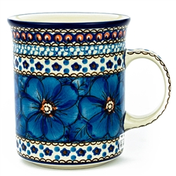 "Pattern designed and signed by master artist Jacek Chyla. The artist has been connected with the Artistic Handicraft Cooperative ""Artistic Ceramics and Pottery"" since 1986. Since 1994 he has been a pattern designer. Unikat pattern number U408."