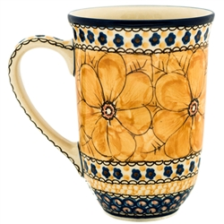 "A beautiful design by master artist Jacek Chyla! Hand made in Poland. SIgned by the artist. The artist has been connected with the Artistic Handicraft Cooperative ""Artistic Ceramics and Pottery"" since 1986. Since 1994 he has been a pattern designer. U408B"