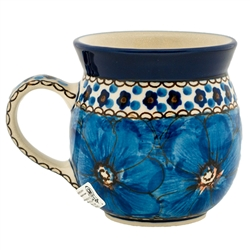 "A beautiful design by master artist Jacek Chyla! Hand made in Poland. SIgned by the artist. The artist has been connected with the Artistic Handicraft Cooperative ""Artistic Ceramics and Pottery"" since 1986. Since 1994 he has been a pattern designer. Unika"