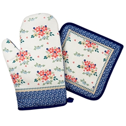 Colorful set of oven mitt and potholder set featuring a traditional Polish stoneware design. 100% polyester.