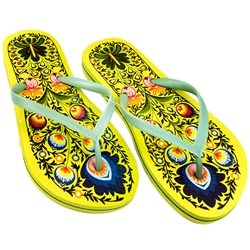 Perfect way to celebrate your Polish heritage with these colorful folk designed flip flops. Select from three different lady's sizes.