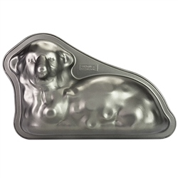 "This is a sturdy 1 piece metal carbon steel mold with an anti-adhesive surface. A gentle symbol of springtime. This 3-dimensional lamb will charm everyone at your Easter table. Size is 10"" x 8.25"" long x 2.25"". Cake is designed to lay flat."