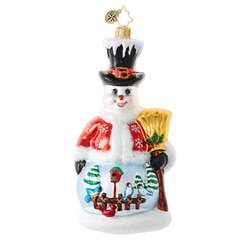 Replete with a ritzy top hat, a snow-trimmed jacket, a golden broom and a winning smile, this snowman also sports a beautifully detailed winter scene to delight the viewer!