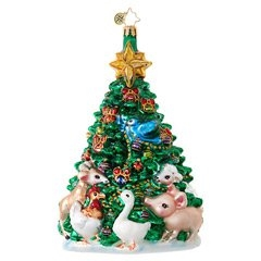 A delightful menagerie of farm animals rally round a Christmas tree to decorate for the season!