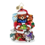 Santa Bear and his brood of forest buddies seem close-knit and quite content. Just goes to show that the holidays with loved ones are much better spent.